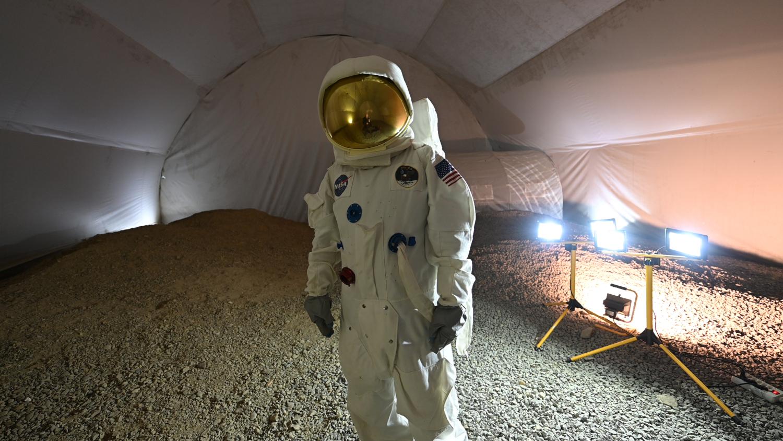Analogue_Astronaut_at_Lunares_station_credits_Benjamin_Pothier